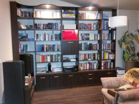 Biblioteczka z barkiem